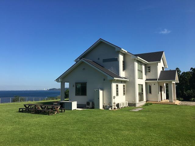 海の見える高級貸別荘
